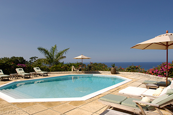 Jamaica_resort_pool2.jpg